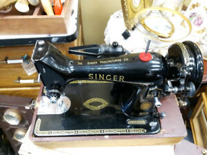 1956 SINGER SEWING MACHINE 99K ELECTRIC CARRYING CASE