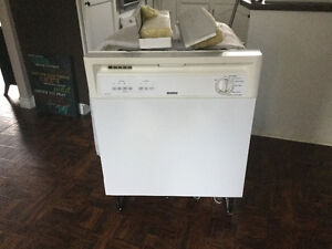 Kenmore Dishwasher. For Sale.