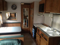 Roulotte Fifth wheel prowler 25 pied