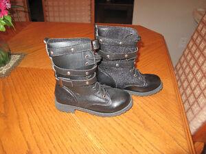 Women Boots Size 5 Gatineau Ottawa / Gatineau Area image 2