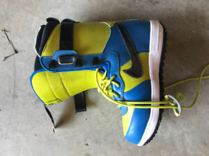 Nike Snowboard Boots - Size 9 Men's