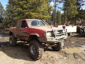 1990 Mazda B2200 4x4 mud bogger