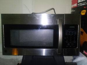 KENMORE STAINLESS STEEL 1.6 CU.FT RANGE OVER MICROWAVE OVEN $100