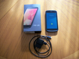 LG NEXUS 4.....Koodo, Telus, Others.