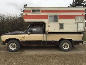 Truck and camper combo