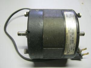 moteur électrique double emprise.