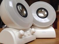 i-LIT STEREO SPEAKERS WITH SOUND RESPONSIVE LIGHT SHOW