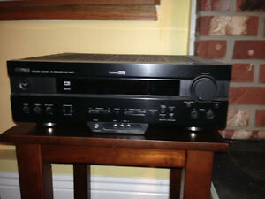 Yamaha Receiver and surround sound speakers Comox / Courtenay / Cumberland Comox Valley Area image 2
