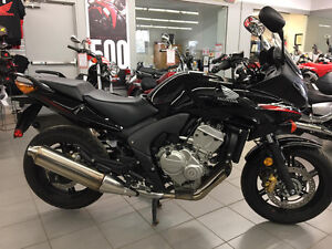 2010 HONDA CBF 600 SA - Safety runs out April 25th