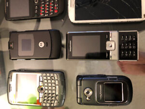 PHONES * HTC ,SONY BLACKBERRY, GALAXY S3 ( 7 PHONES FOR $100.00