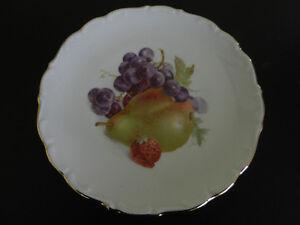 SCHUMANN BAVARIA FRUIT PLATES