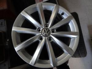 4  NEW MAGS 5X112 VW 17 INCH POUCE LIKE NEW 2017ORIGINAL VW