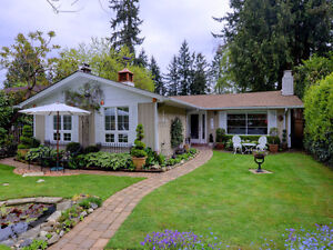 One Level, Character Home & Oasis Property In North Vancouver