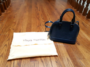 Louis vuitton Epi alma handbag