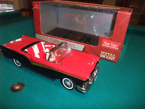 1957 Ford Fairlane Retractable 1:18 Scale