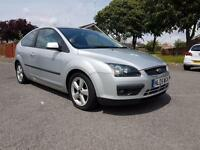 Ford Focus 1.6 2005 Zetec Climate - LONG MOT - DRIVES FANTASTIC - LOOKS AWESOME