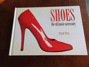 Fabulous oversized book - SHOES The Ultimate Accessory