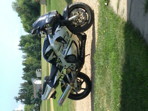 1998 Cbr900rr Fireblade for trade or sale