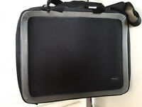 High spec protective laptop case,suitable for upto 20inch,costs £135,bargain at £45