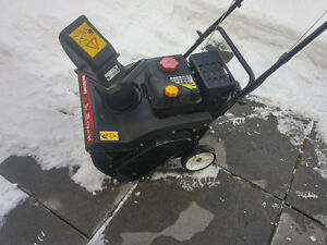 MTD 4-Cycle Snowblower For Sale, 21 cut,LIKE New
