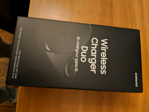 BNIB Samsung Wireless Charger Duo with Qi Technology (Sealed)