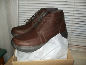 BRAND NEW CLARK'S MEN'S CHARTON TOP ANKLE BOOT / SIZE 11