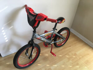 Bicycle for kid 3-6 years, very good condition.