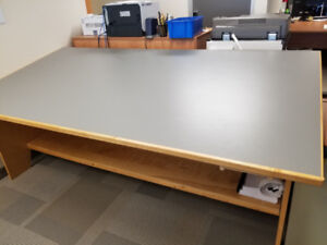 Free drafting table