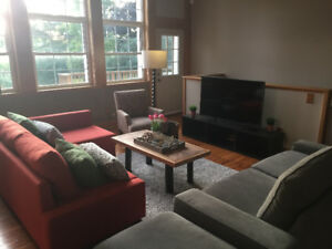 cottage/ house for rent in Bowmanville (short term)