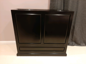 Tv unit with motorised lift and remote including Samsung TV