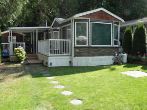 Summer Vacation Rental - Lake Mara Properties Swansea Point, BC