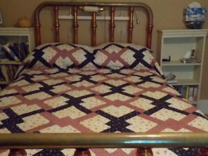 Antique Brass / Iron Bed (Double)