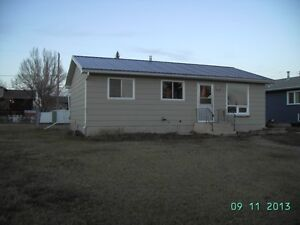 furnished house for rent in eston sk.