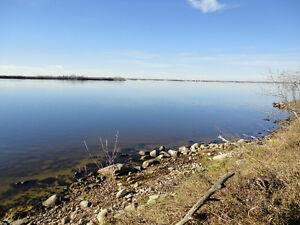 Lakefront lot For Sale on Humboldt Lake