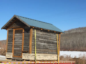 OLD GARDEN SHED - BACKYARD - GRANARY - BARN WOOD BOARDS