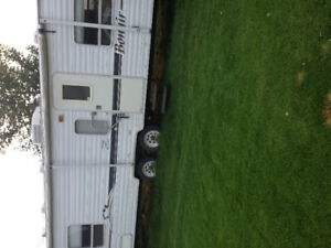 26foot Bonair travel trailer $6500