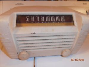 ANTIQUE GE MANTLE RADIO