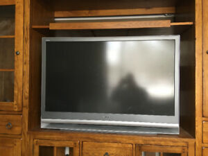 """50"""" Sony projection television"""