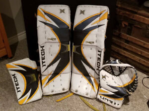 Hockey Goalie Pads and Gloves - Itech X-wing 34 inch