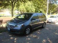 2007 Honda Odyssey EX 8passager no accident,with carproof report