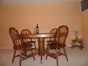 Solid Maple Dinning Table Set