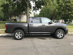 2018 Dodge Ram Sport 1500 Crew Cab - $1500 cash back!