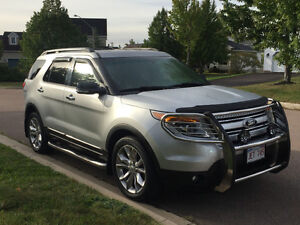 2013 Ford Explorer XLT SUV, Crossover LOADED with extras
