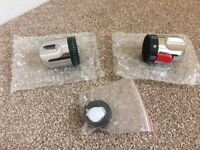 Universal fitment shower knobs