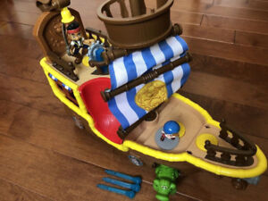 ONE BUCKY PIRATE SHIP TOY SET, JAKE AND THE NEVERLAND PIRATES