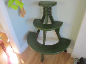 Green antique knick knack or plant stand