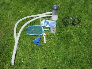 Pompe filtre INTEX pour piscine gonflable 18'' et accessoires