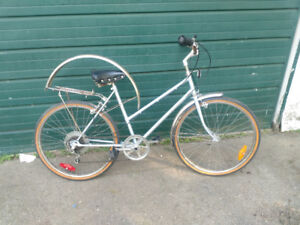 Supercycle Bicycle women's Good Cond' asking $60 obo