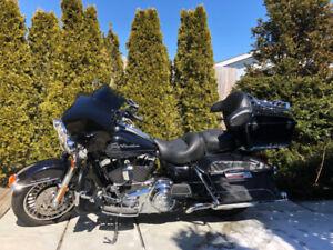 2013 Harley Davidson Road King FLHR