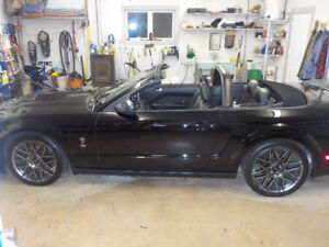 2005 FORD MUSTANG CONVERTABLE